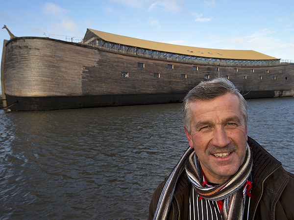 (9) Full-scale replica Ark built in the Netherlands to Old Testament specifications by Johan Huibers (ref. PeoplePets)