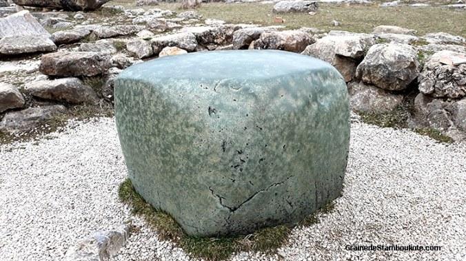 grand temple de Hattusa, capitale Hittite, pierre verte