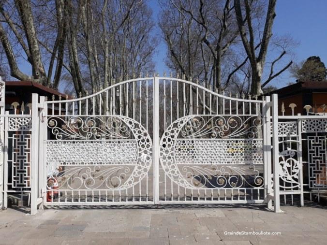 Parc Gülhane, Istanbul, fermé pendant le confinement covid
