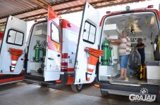 Grajau recebe duas ambulancias do SAMU e uma retroescavadeira 06