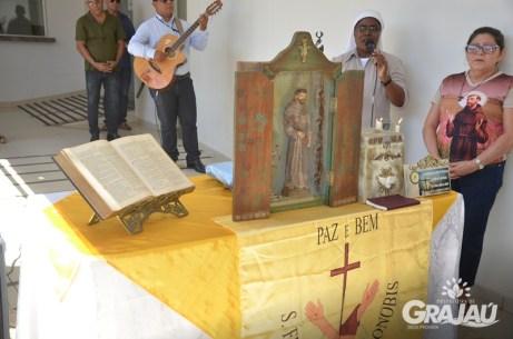Reliquias de Sao Francisco de Assis na prefeitura 08