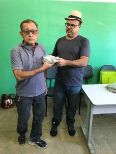 Secreatia de saude entrega fardamentos agentes edemias 04