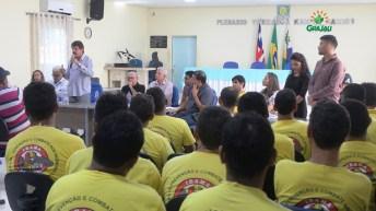 prefeitura entrega certificado de cursos 24