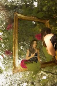 tükröm az esőben - Réka és a rózsa-012