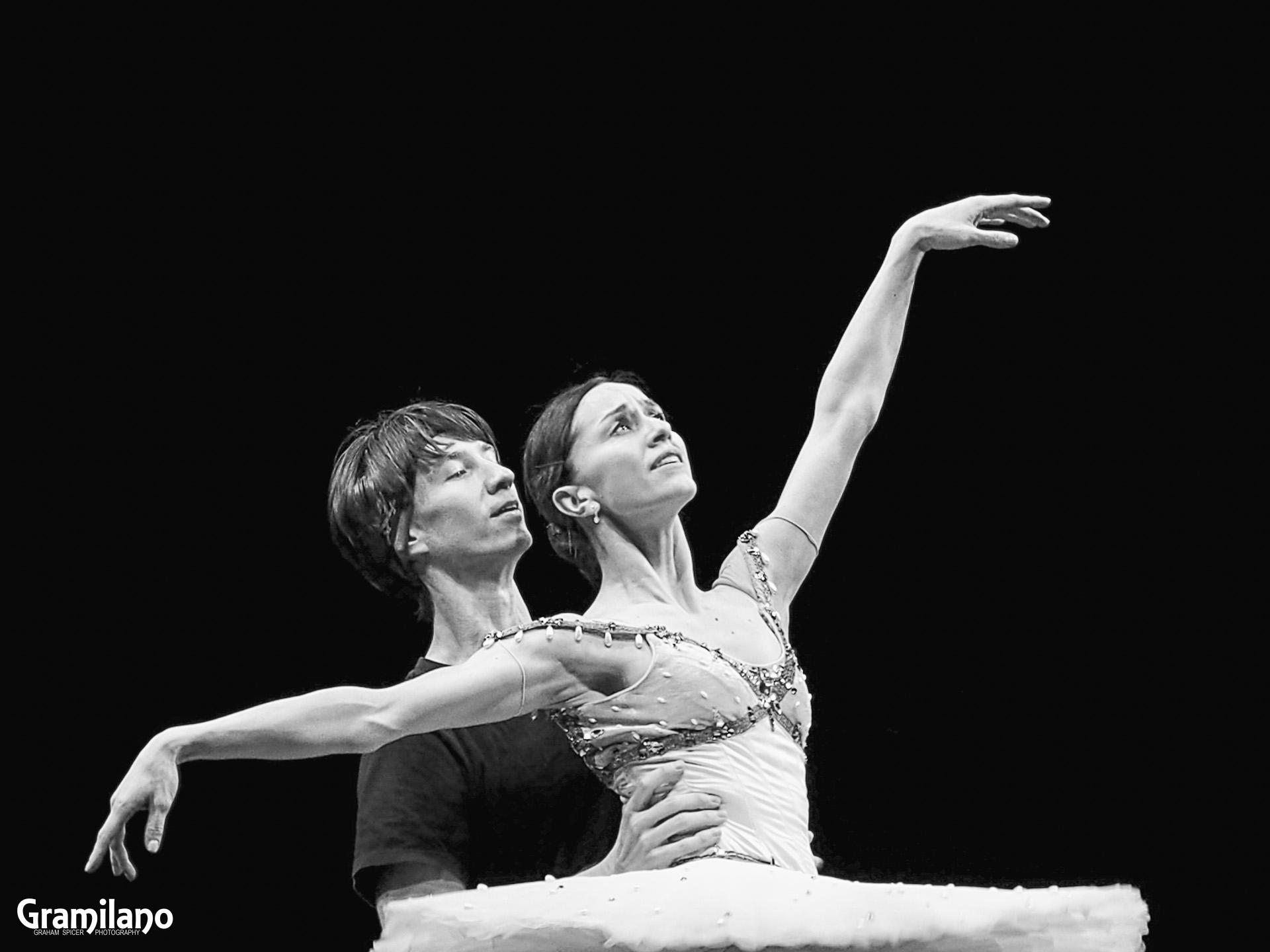 Marianela Nuñez and Vadim Muntagirov in Le Corsaire