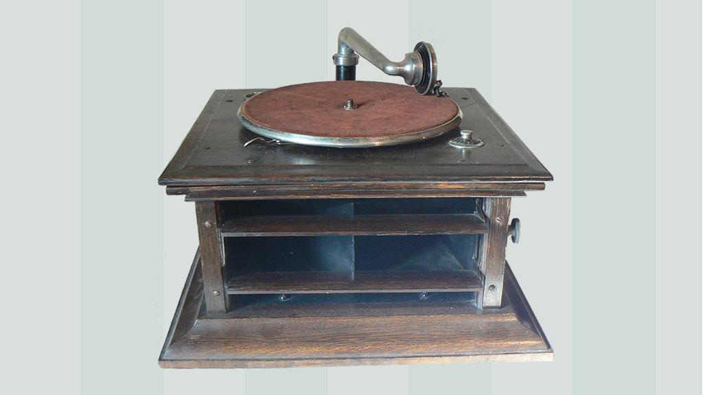 Phonograph Motor Repair