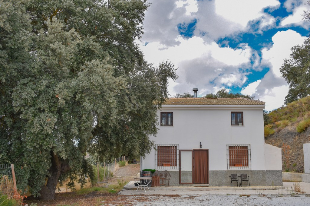 Granada estate agency, detached villla for sale alhama de granada