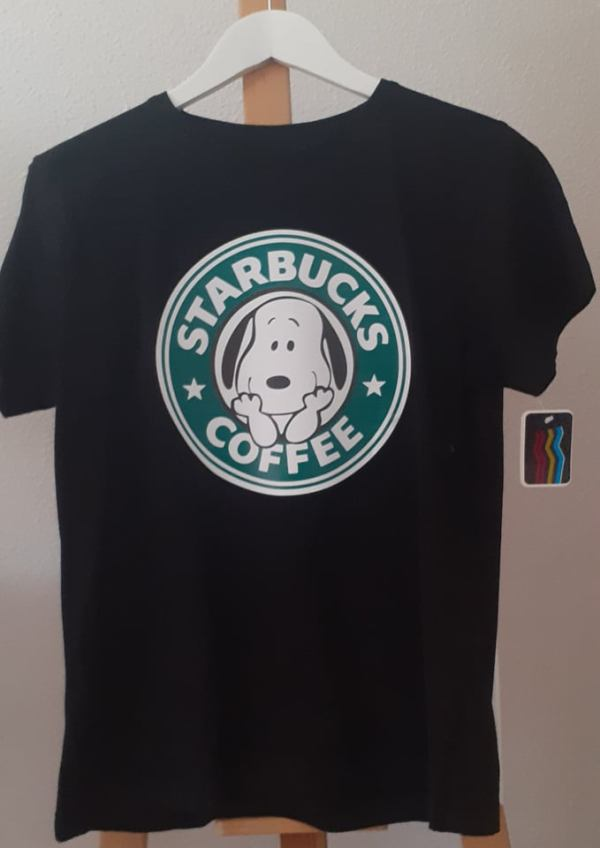 camiseta snoopy starbucks