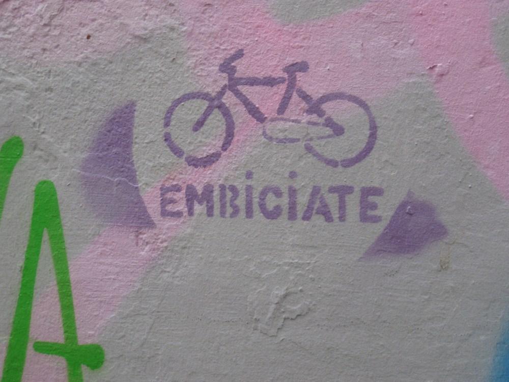 Political and Funny Graffiti in Granada (5/6)