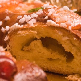 Roscon de Reyes - traditional Spanish cake at Christmas