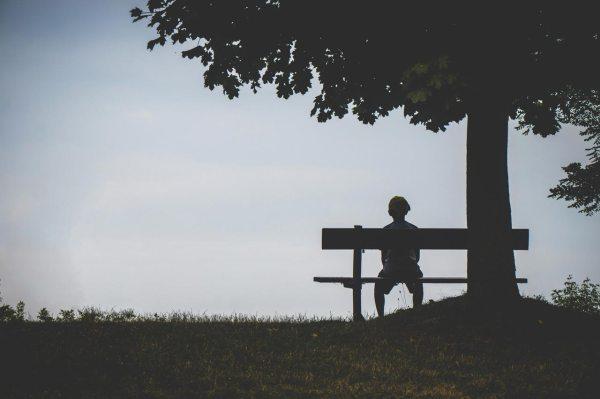 Fobia społeczna a serotonina - Co powoduje fobię społeczną?