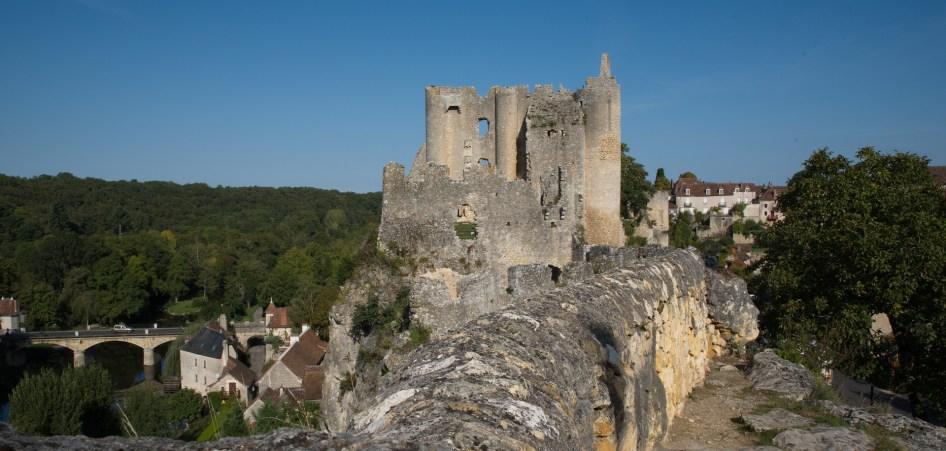Château et pont vus de St Pierre-K17_3871