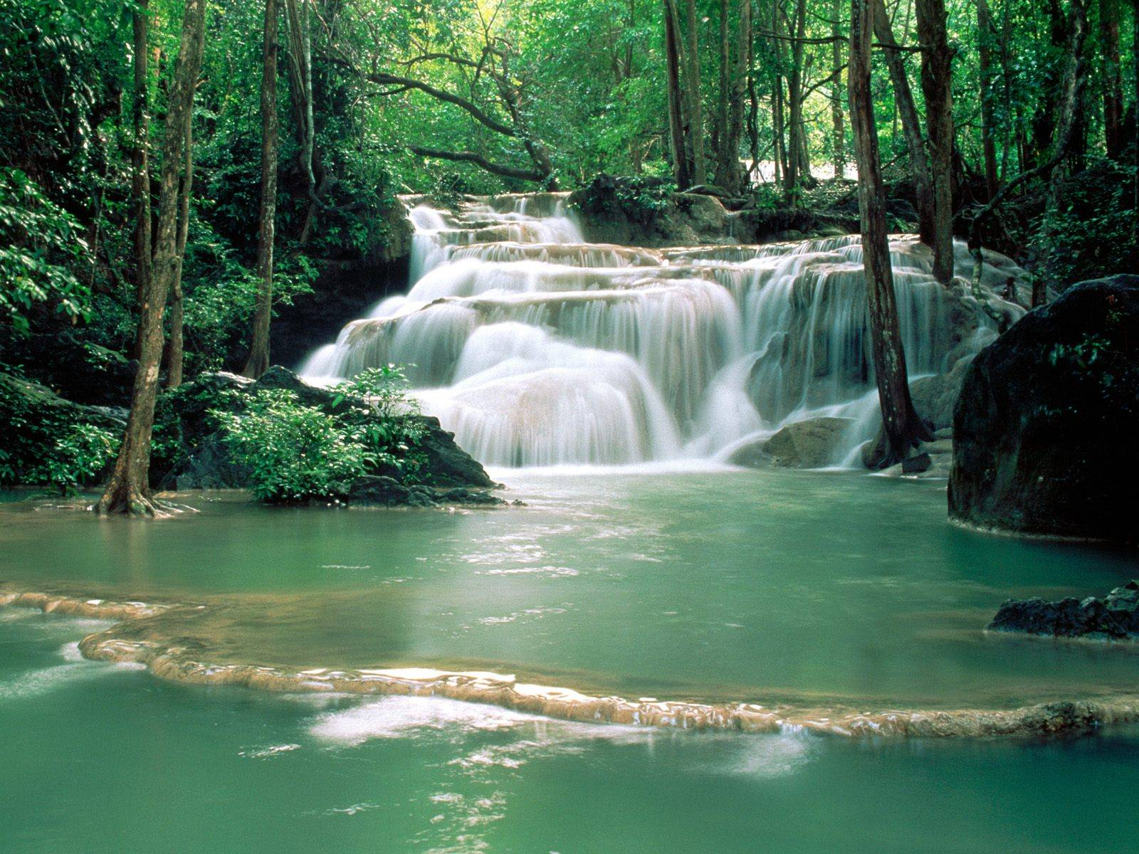 https://i0.wp.com/grandcanyon.free.fr/images/cascade/original/Kao%20Pun%20Temple%20Waterfalls,%20Kanchanaburi%20Region.jpg