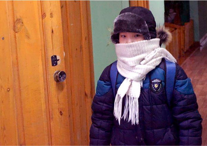 Los ninos se reunen para las clases en Oymyakon - Así es la 'odisea' de asistir a la escuela más fría del mundo