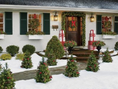 Christmas Porch Decorations 15 Holly Jolly Looks Grandin Road Blog