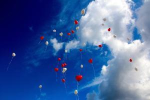 Ballon filant vers le ciel