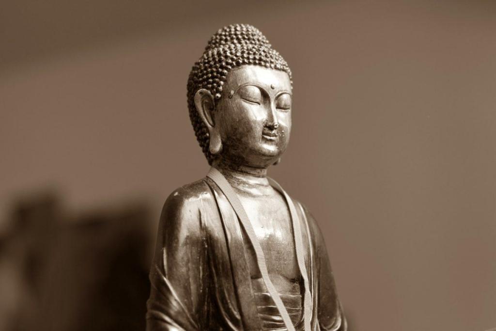 Une statue de Bouddha