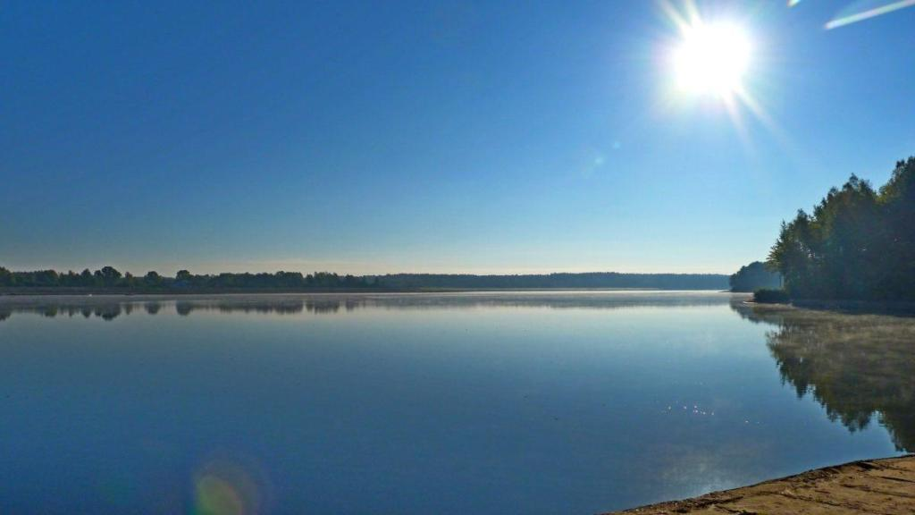 Un lac plein de soleil