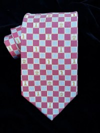 Chess Tie in Woven Silk has the classic look of chess pieces