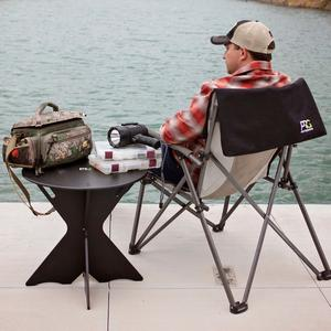 Portable table for the lake
