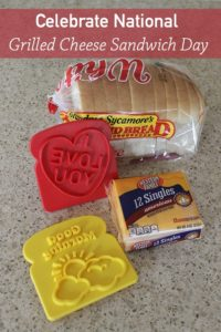 Country Mouse City Spouse Monday Mish Mash Link Party #13 Feature- Celebrate National Grilled Cheese Sandwich Day- Grandma Ideas