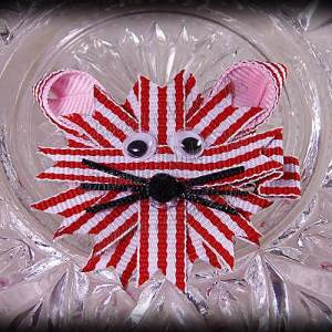 Kitty Ribbon Sculpture Red White Stripes