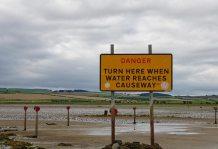 causeway sign