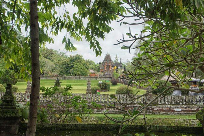 Taman Ayum