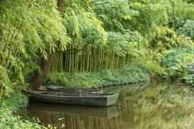 Monet boat
