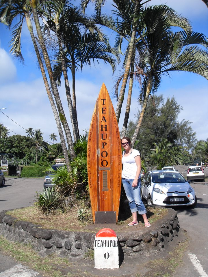Teahupo'o {French Polynesia}