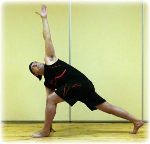 roger  hatha yoga and power yoga teacher yoga in edinburgh