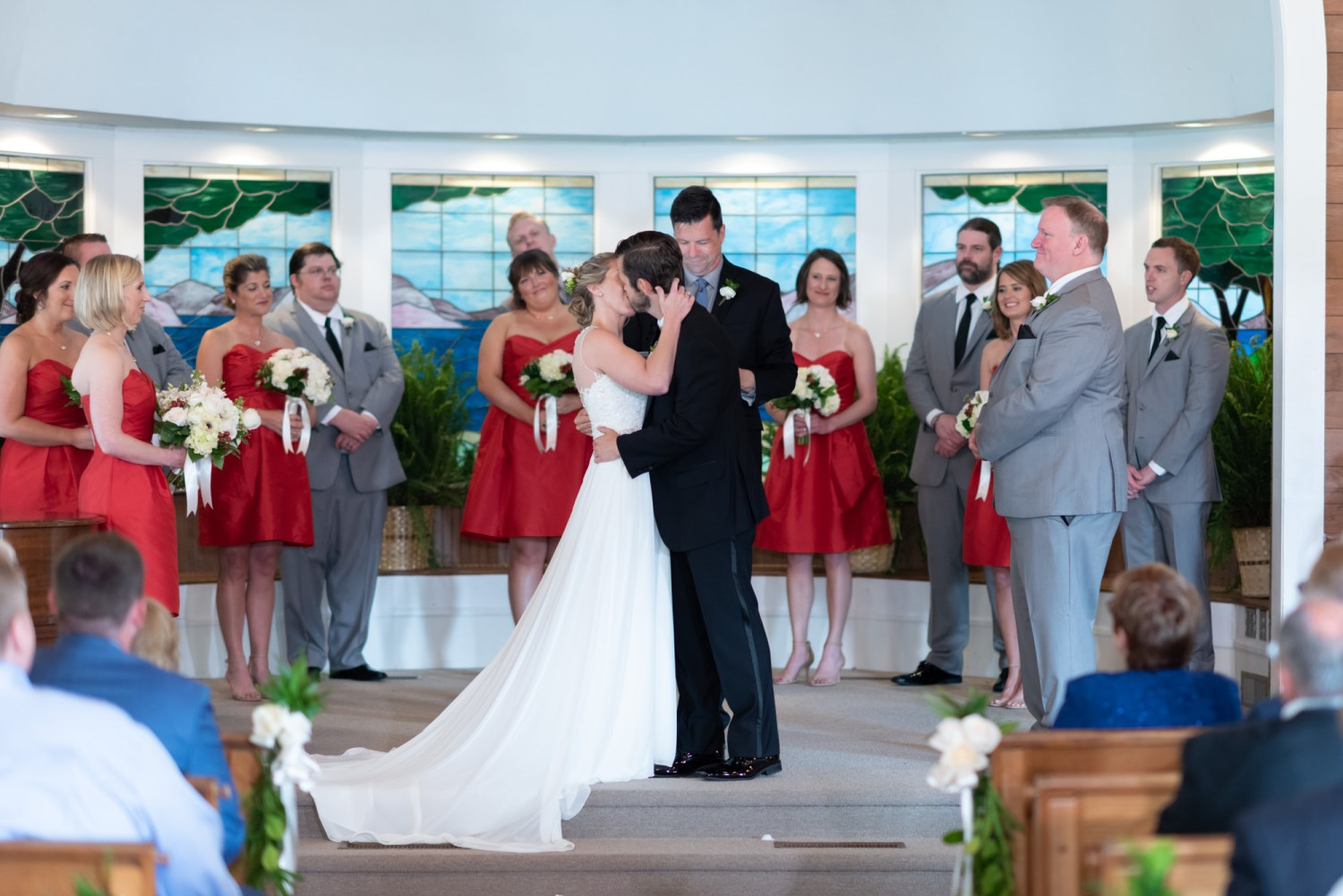 First kiss - Pawleys Island Community Chapel