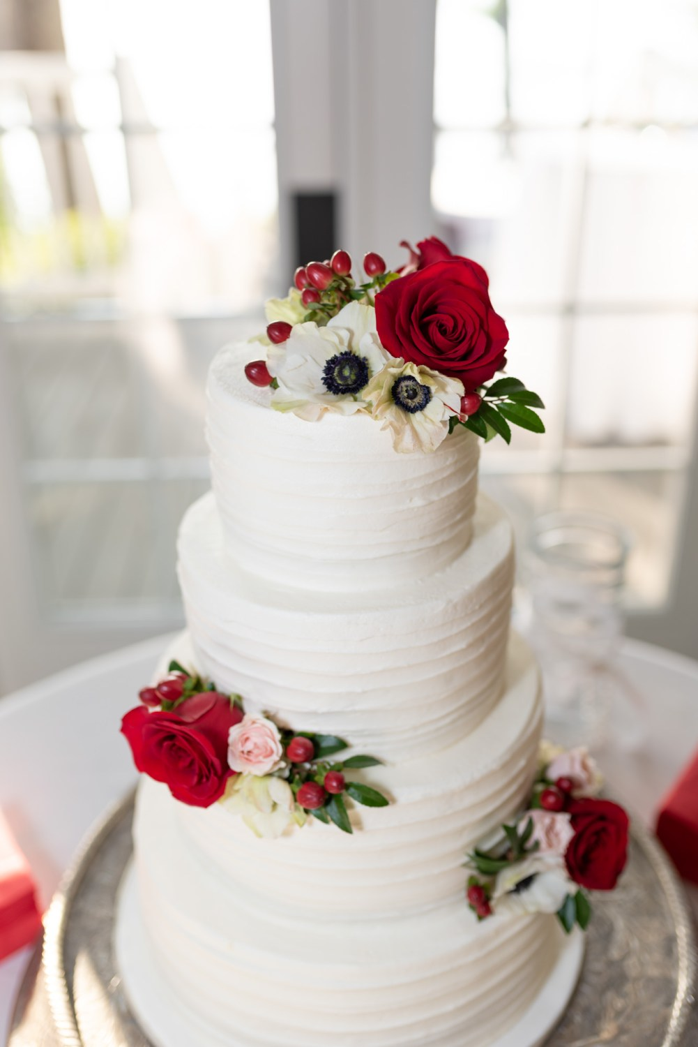 Pictures of the wedding cake - Wachesaw Plantation
