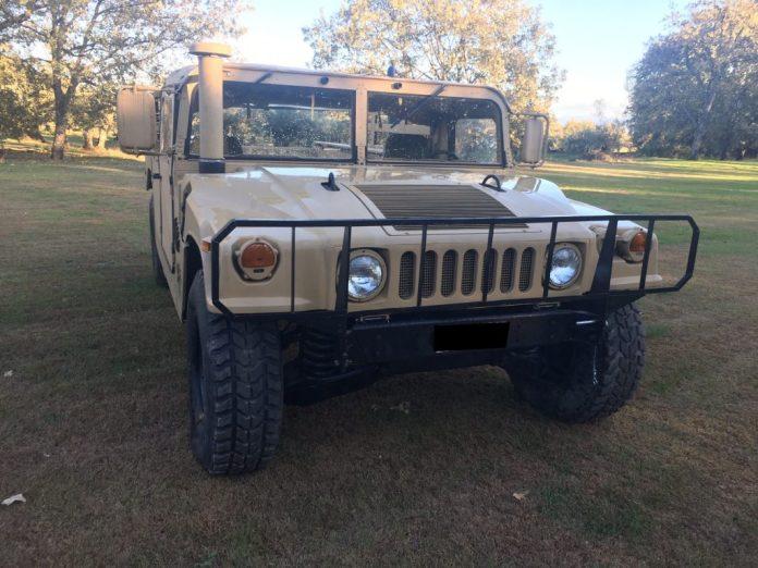 Vehículos de escena alquiler de coches alquiler de camiones vehículos militares tanque JeepHummer 4x4 militar atrezzo militar coches para cine 16 1024x768 - Alquiler de vehículos militares, alquiler de camiones de bomberos.