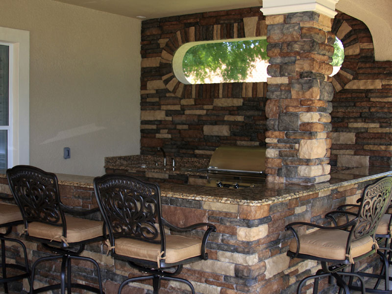 7 Outdoor Kitchen Components to Consider  Grand Vista Pools