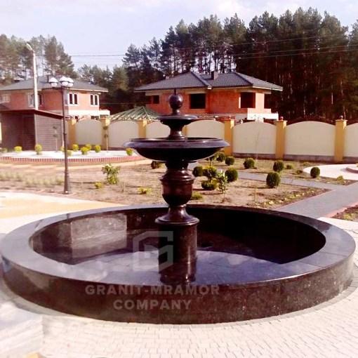 fontan-granitnuy