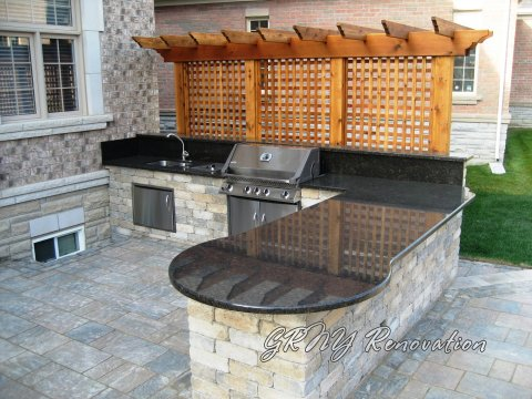 5 Stones That Are Perfect For An Outdoor Kitchen