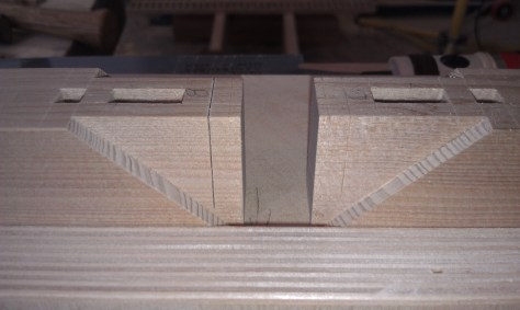 Cutting mortise box