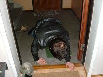 Mars 2006. Efter en kväll ute och jag blev alldeles för full, som vanligt. Jag kröp upp för trappan och det enda Sandra gör är att fota mig..