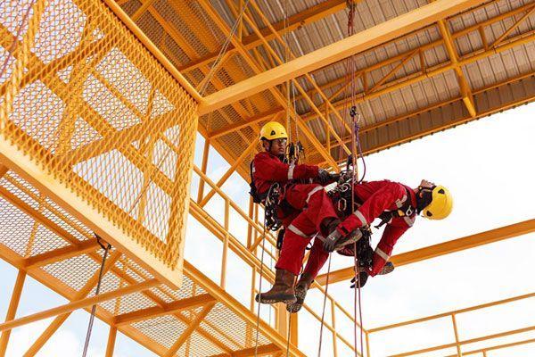 Un rescate inmediato es primordial para garantizar la supervivencia de una víctima insconsciente www.dacon-inspection.com