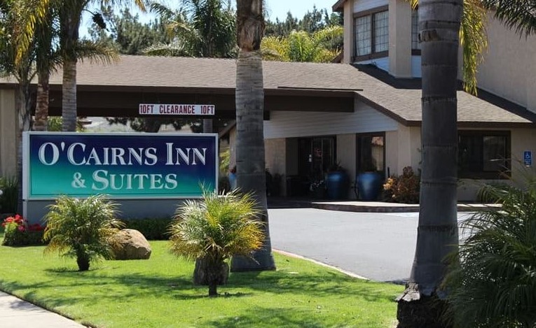 O'Cairns Inn & Suites