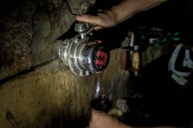 drinking-malbec-straight-from-the-underground-toneles