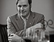 Chris Sawyer, internationally-renowned sommelier, wine educator, journalist, consultant, critic and public speaker