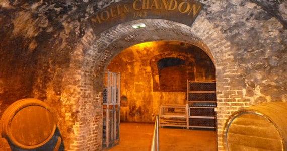 Moet and Chandon tour - Credits Vine Escape