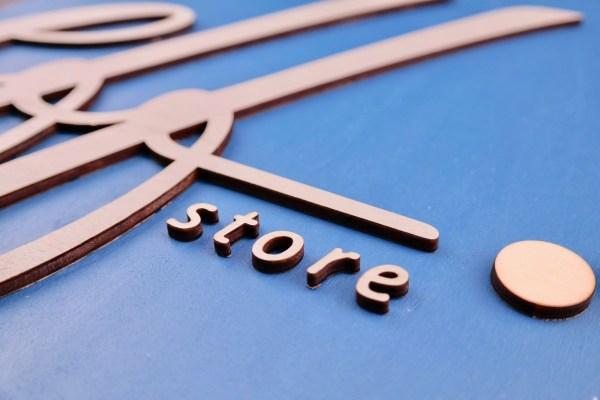 Firmenlogos Logo aus Holz – Logo aus Acrylglas