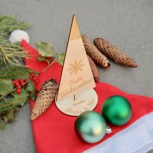 Weihnachten Weihnachtsbaum-Aufsteller mit individueller Gravur aus Holz in Wunschfarbe
