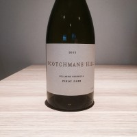 A couple of Geelong pinots: Scotchmans Hill Pinot Noir 2013 and Mt Moriac Estate Pinot Noir 2012