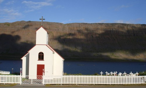 Iceland More Secular Than Global Average