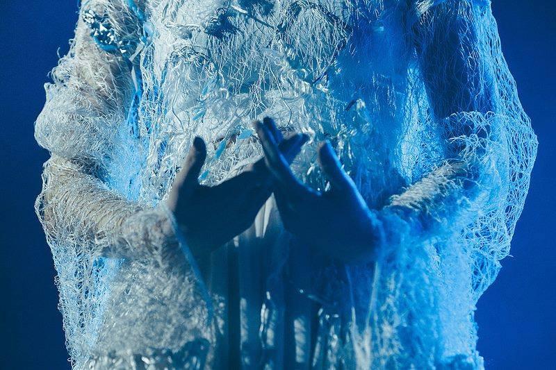 Shrug Away The Stale Winter Torpor…