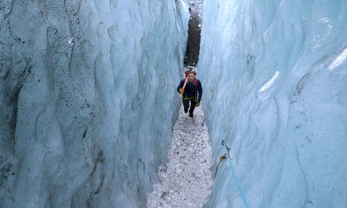 VIDEO: A Day in The Life Of A Glacier Tour Guide In Iceland